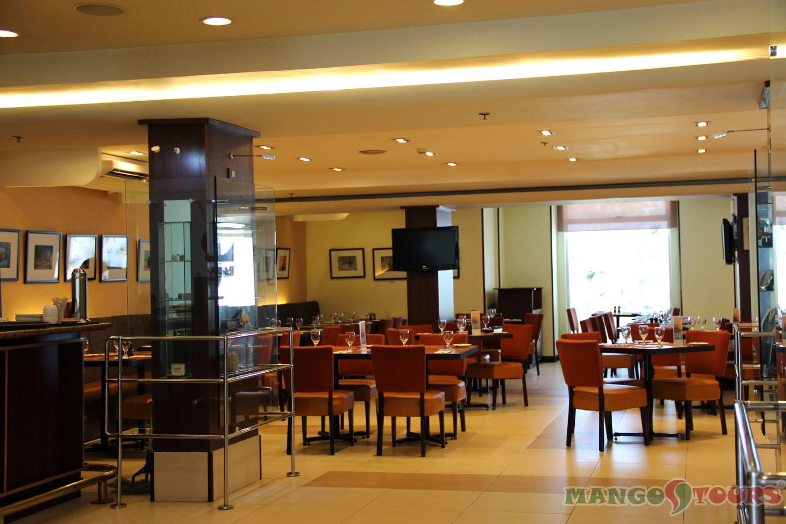 Mango Tours Microtel by Wyndham Mall of Asia Millie's Restaurant dining