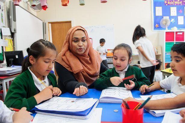 Pertama kalinya Sekolah Umum di Spanyol Ajarkan Agama Islam