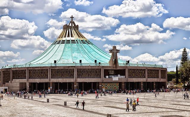 Coro Juan Pablo II en la basílica de Guadalupe