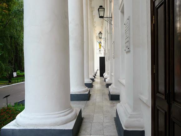 Ніжин. Університет. 1820 р. Колонада