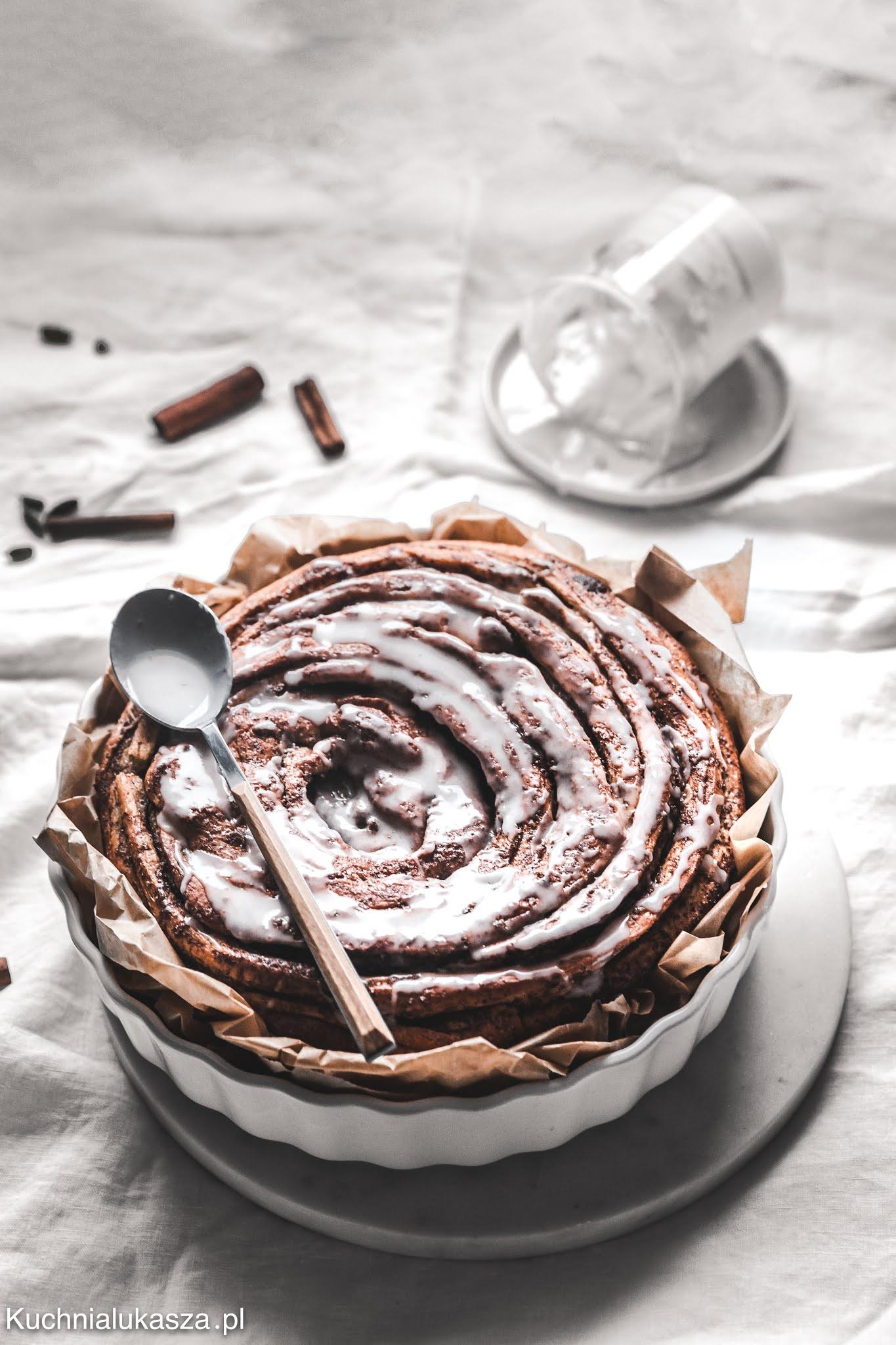 Cynamonka (giant cinnamon roll) - przepis