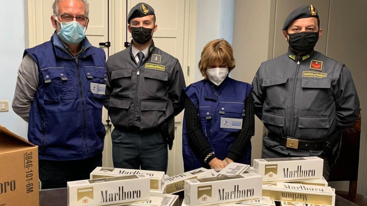 Guardia di Finanza, Agenzia delle Dogane e Monopoli. Sequestro sigarette Marlboro
