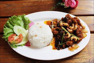 Ayam Kungbao ala Blockchain Cafe & Resto