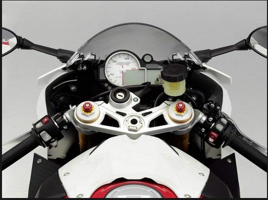 tampilan motor BMW S 1000RR