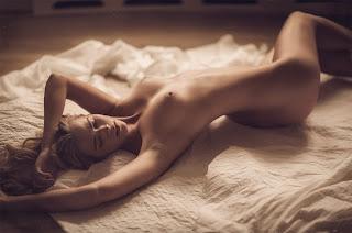 Hot Girl Naked - thomas-agatz-02.jpg