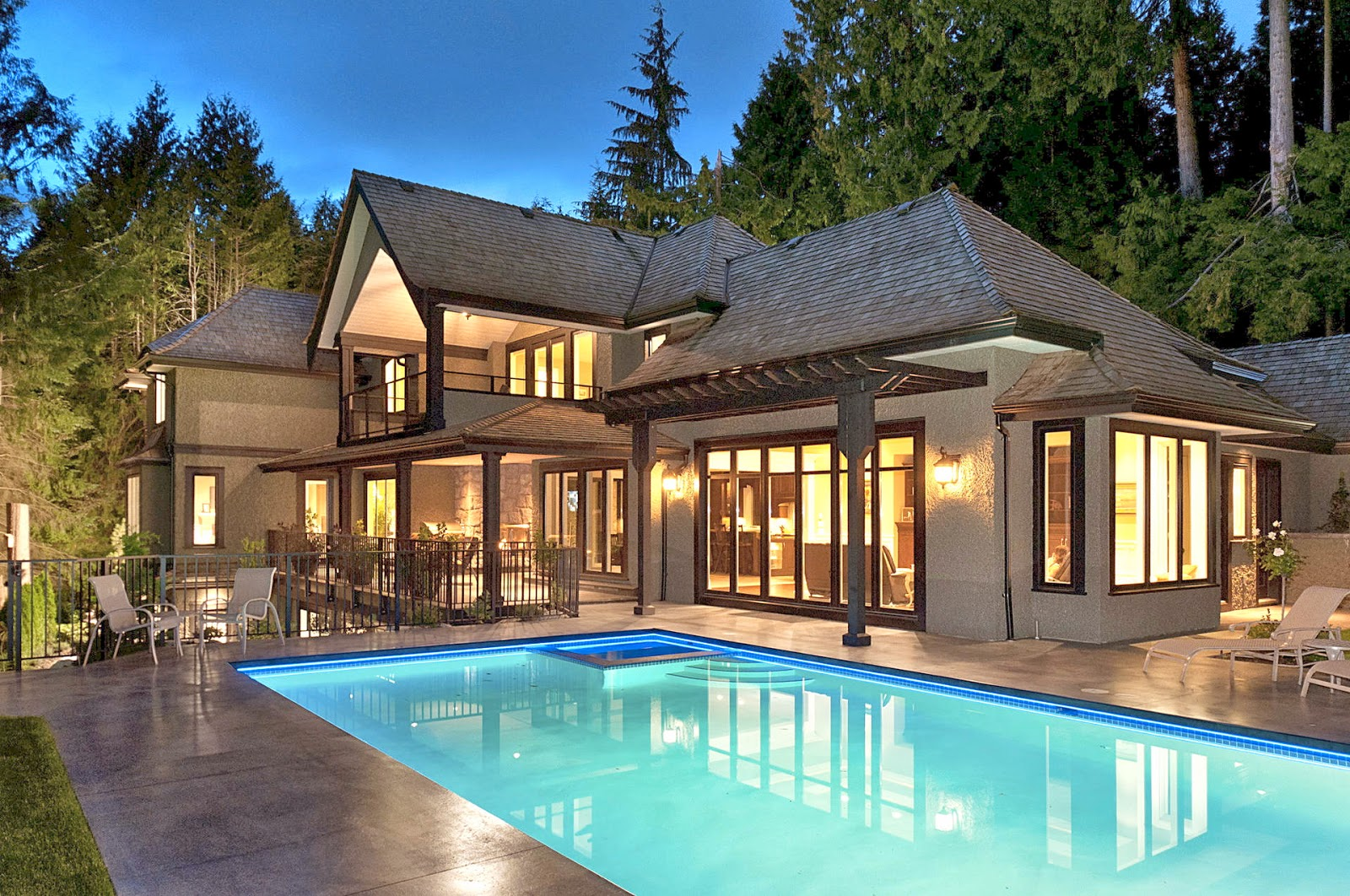 No stephen poloz will not mess with the housing bubble for What is a luxury home
