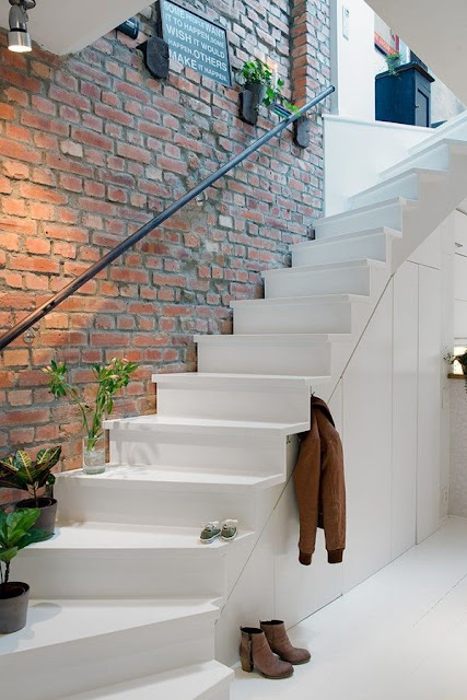 staircase design for duplex houses