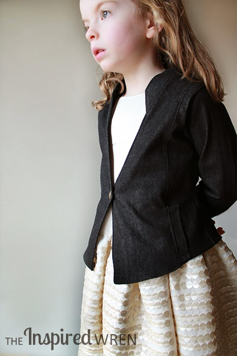 Pattern Reveiw: Phresh Blazer, a worthy investment for your pattern stash -- sewn here in black denim | The Inspired Wren