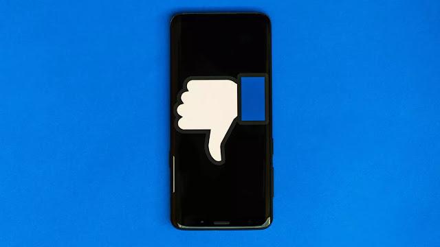 الفيسبوك يعتذر بعد اتهامات بالعنصرية في ثقافة الشركة