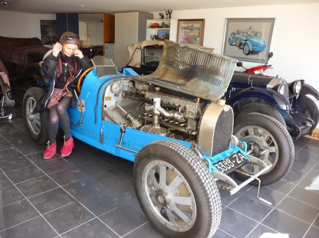 Myself sitting on an Bugatti