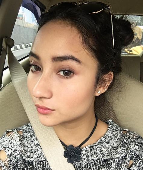 Biodata Naomi Zaskia Lengkap Artis Cantik Berdarah Jerman Bali