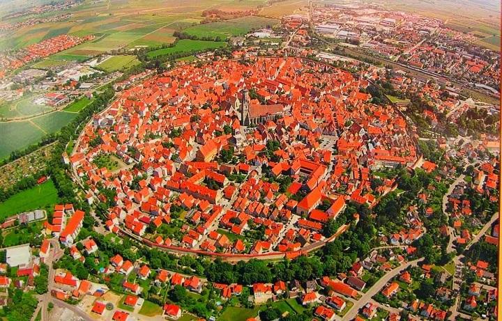 Bagaimana Kisah dan Sejarah Kota Nördlingen di Jerman? Belajar Sampai Mati, belajarsampaimati.com, hoeda manis