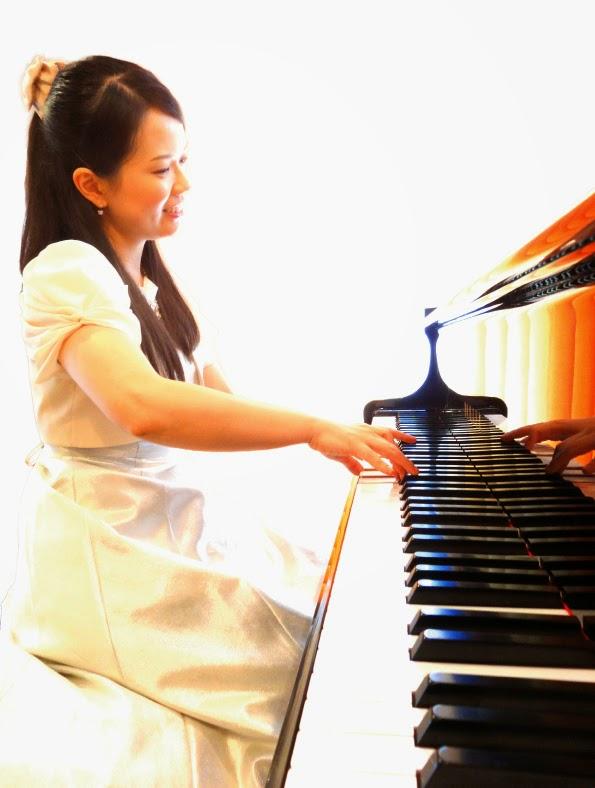 Rika Yasuda   Official Web Site