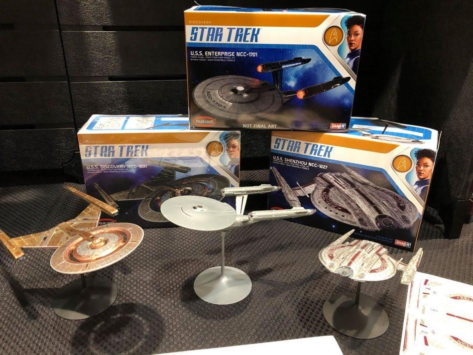 The Trek Collective: Round 2 Model's Discovery model kit ...