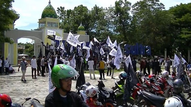 Peserta Reuni 212 dari Kendari Gelar Aksi Damai Sebelum ke Jakarta