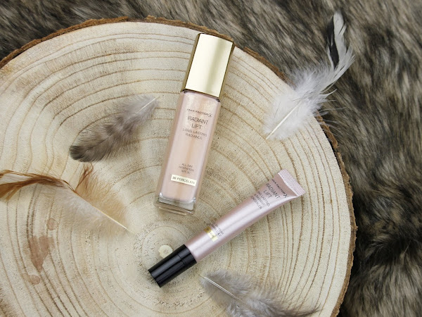 Max Factor Radiance Lift Foundation + Concealer