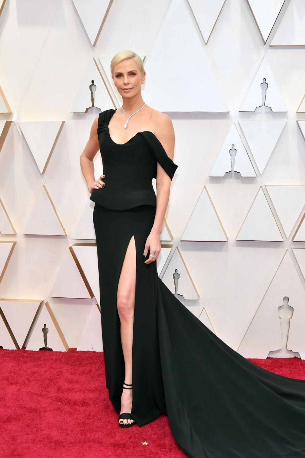 Charlize Theron brings classic glamour to the 2020 Oscars in a Dior Couture ensemble