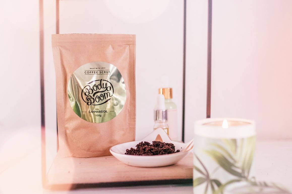peeling kawowy Bodyboom - Cannabis Oil