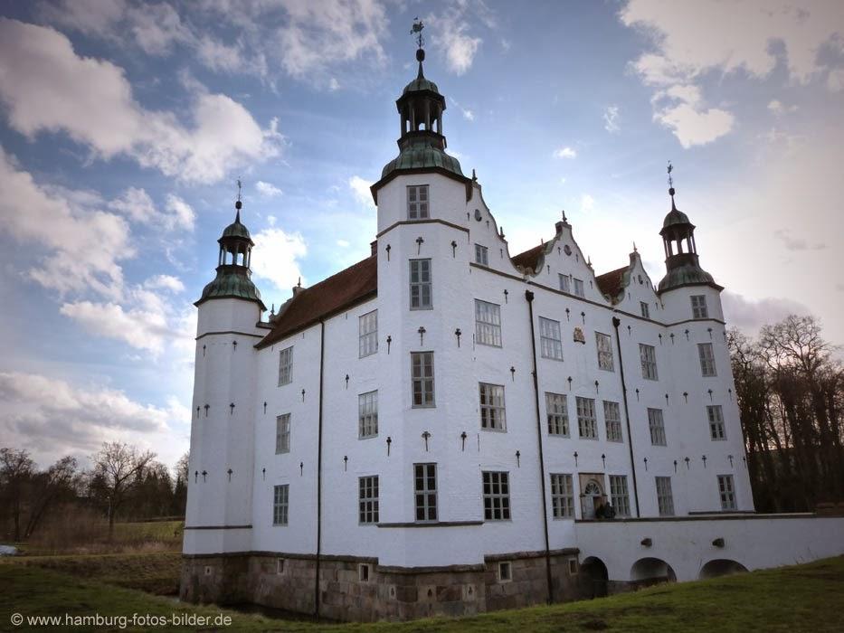 Ahrensburger Schloss, Ausflugsziel in der Umgebung von Hamburg