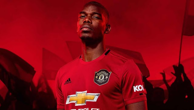 Paul Pogba sends fresh message to Man United fans about his future