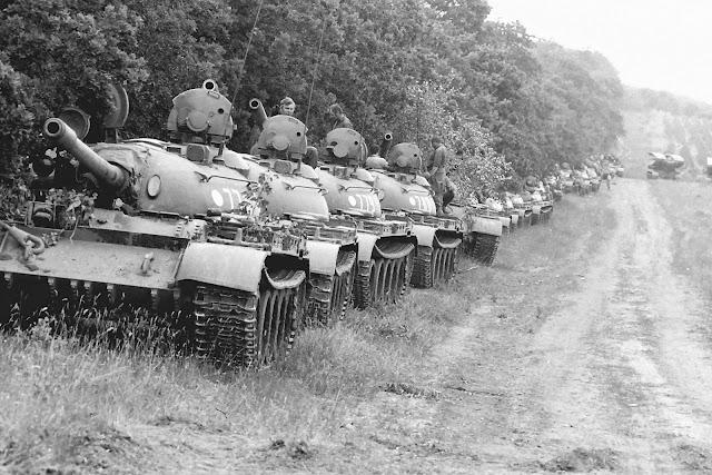 Γιατί Δεν Εξαφανίστηκαν τα Άρματα Μάχης;