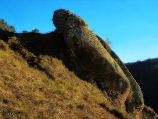 Rocha de Formação Curiosa no Morro do Campestre