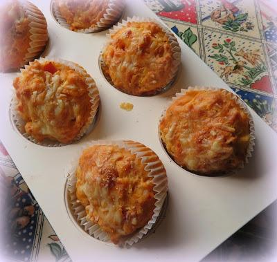 Small Batch Pizza Muffins