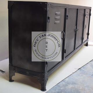 Industrial Vintage Metal Furniture Factory