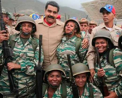 ¿CONTRA QUIÉN LOS USARÁN? Maduro: Le daremos a cada miliciano un fusil para defender a la patria