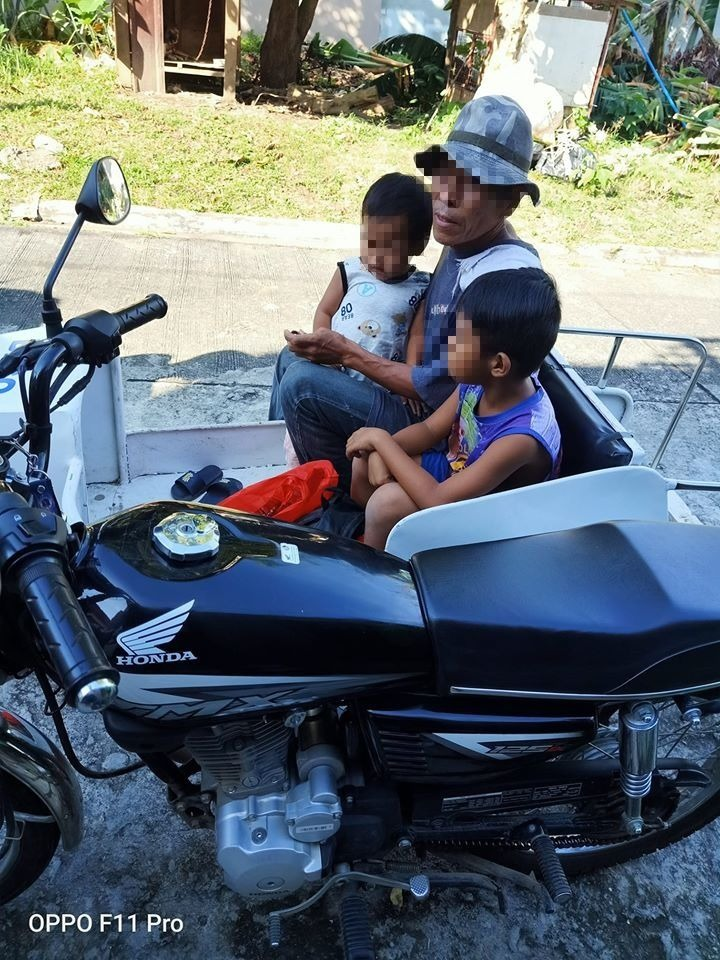 Netizens help dad and 2 kids walking 200+km home from Batangas to Quezon