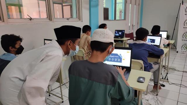 Training pembuatan website dan game anak