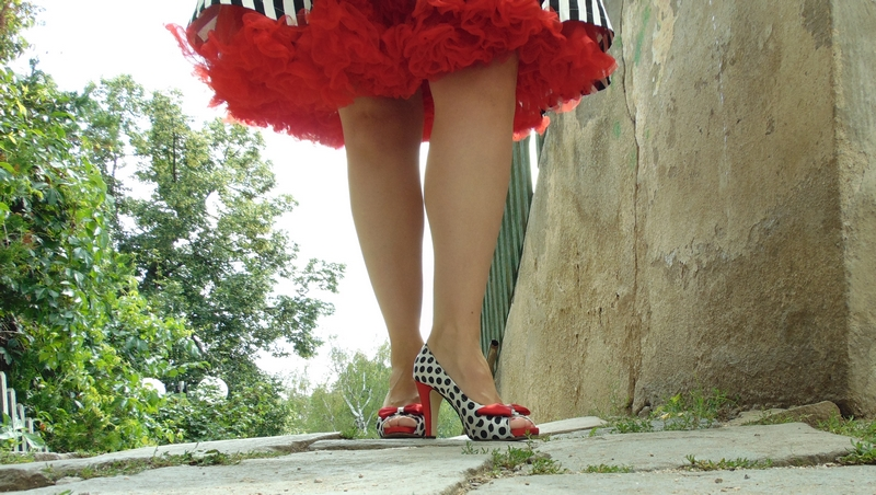 ebdef786fa14 Retro šaty Blanka Straka  Jak se obléct na electroswingový večírek