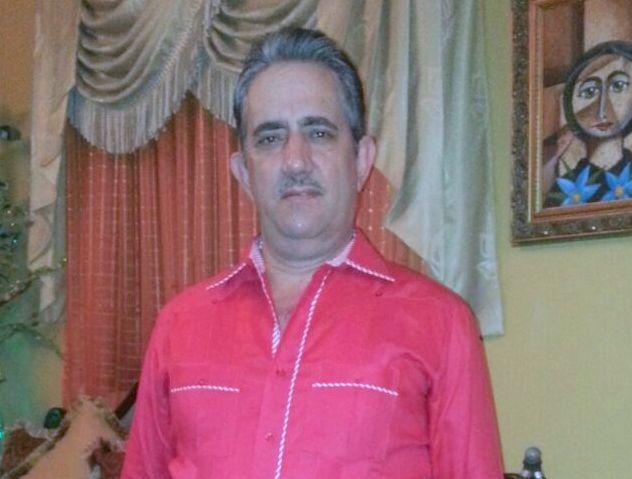 EN SAN JUAN; Empresario Alejandro Tejada felicita a las mujeres al ...