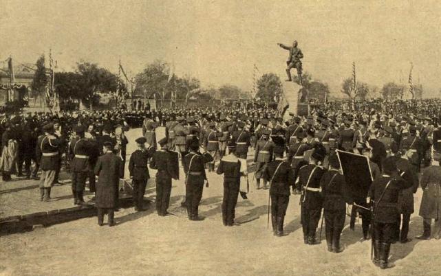 Торжественное открытие памятника Генералиссимусу Суворову в Очакове