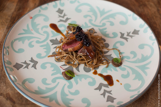 Pichón con noodles  menú degustación Restaurante Medusa Madrid
