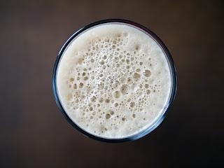 5 Bebidas esenciales que te ayudarán a perder peso por la noche