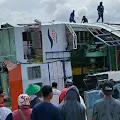 Diduga Kelebihan Muatan, KMP Bili Terbalik di Dermaga