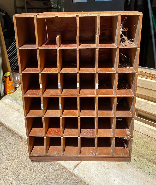 Free wood cubby before