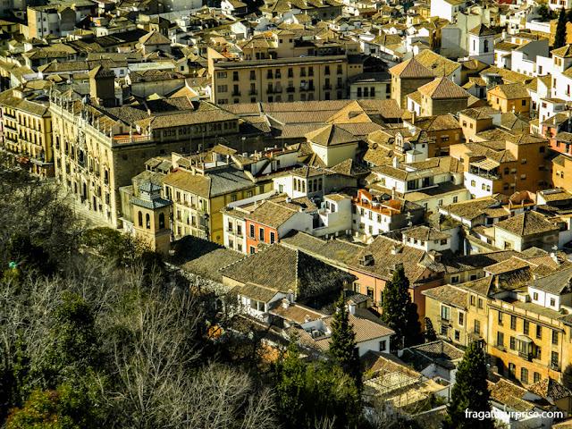 Granada, Andaluzia - a Carrera del Darro vista da Alhambra