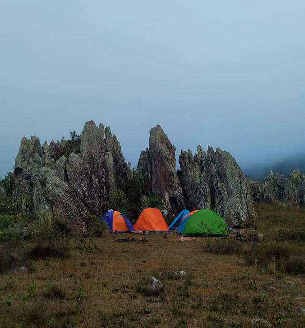 Pico das Almas - Acampamento nos Gerais do Queiroz. (Foto: Açony Santos)