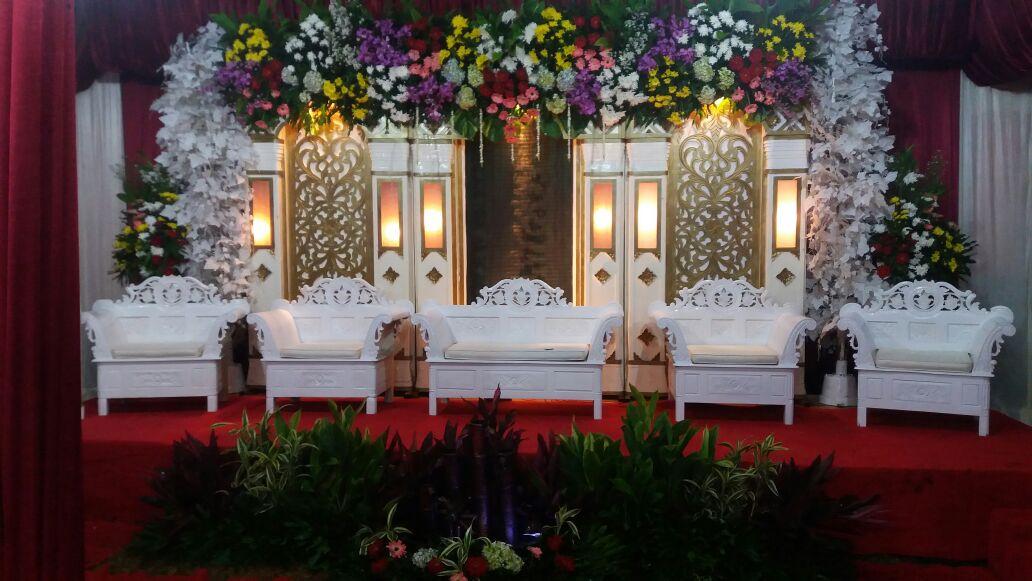 Jasa Vendor Dekorasi Bunga Pelaminan 039