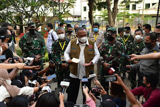 Pangdam Jaya Dampingi Kepala BNPB Kunjungi RSDC Wisma Atlet Kemayoran