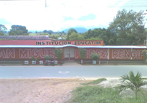 CEBA JUAN MIGUEL PEREZ RENGIFO - Punta del Este
