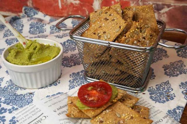 crackers de espelta integral,saludables rápidos y crujientes