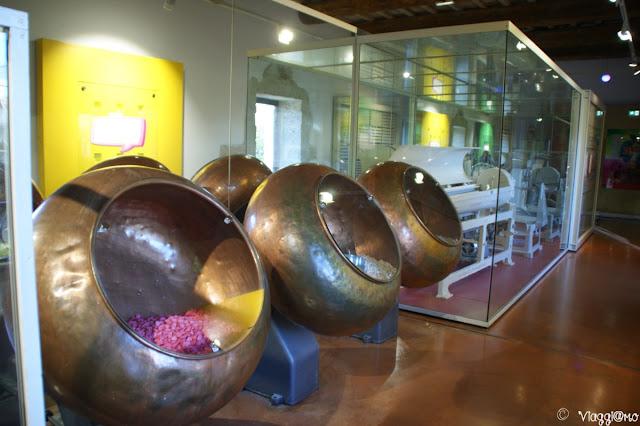 Macchine per caramelle esposte al Museo Haribo di Uzes