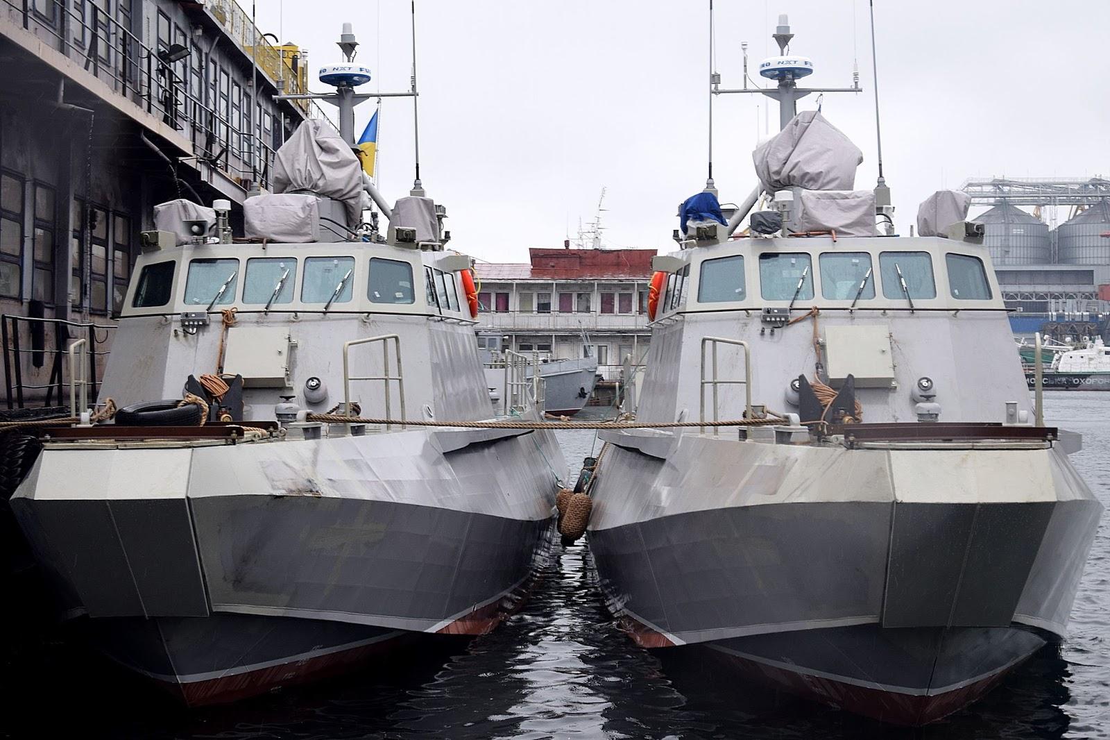 десантні «Кентаври» прибули для випробування до Одеси