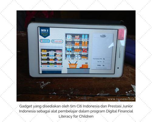gadget cerdas finansial usia dini