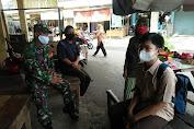 Tingkatkan Komsos Babinsa Sosialisasi Tentang PPKM Mikro di Wilayah Binaan