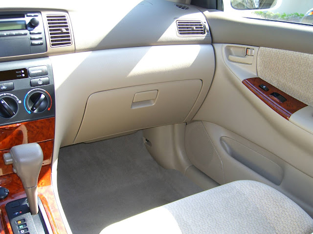 Toyota Corolla SE-G 2003 - interior