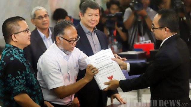 Kuasa Hukum Prabowo-Sandi, Denny Indrayana: Saya Dapat Info Ada yang Mau Menaikkan Lagi Kasus Mas BW